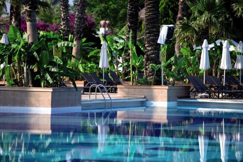 Concorde de Luxe ResortPool
