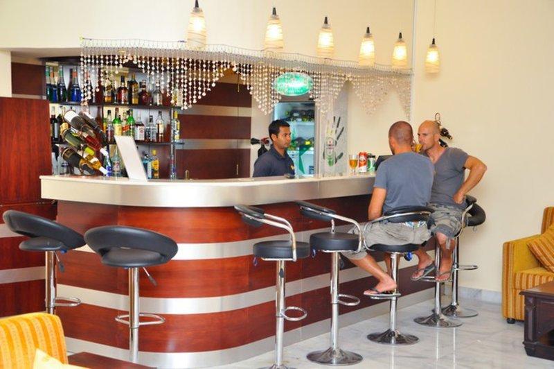 Masira Island Resort Bar