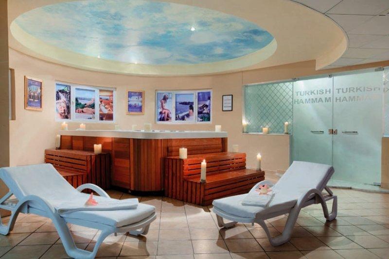 Long Beach Resort  Wellness