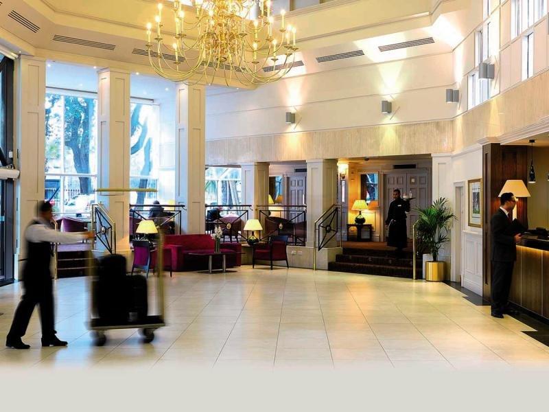 Ballsbridge Hotel Lounge/Empfang