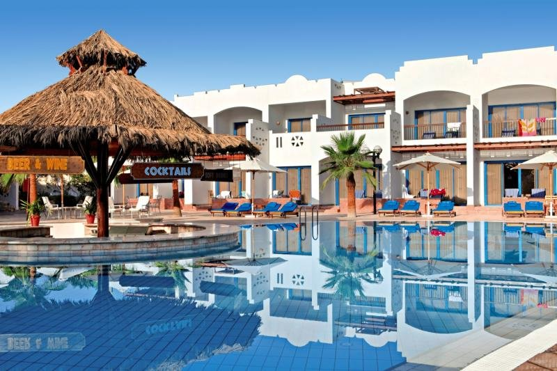 Fayrouz Resort Pool