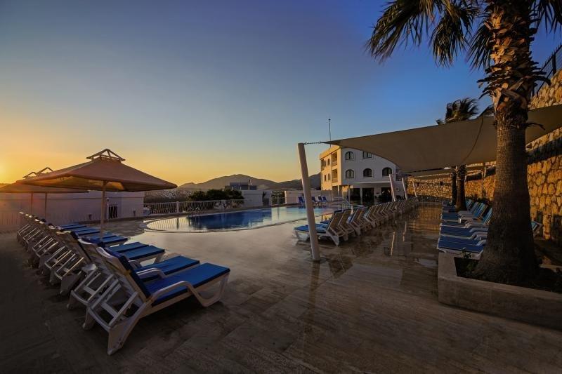 Riva Bodrum Resort - Erwachsenenhotel Terrasse