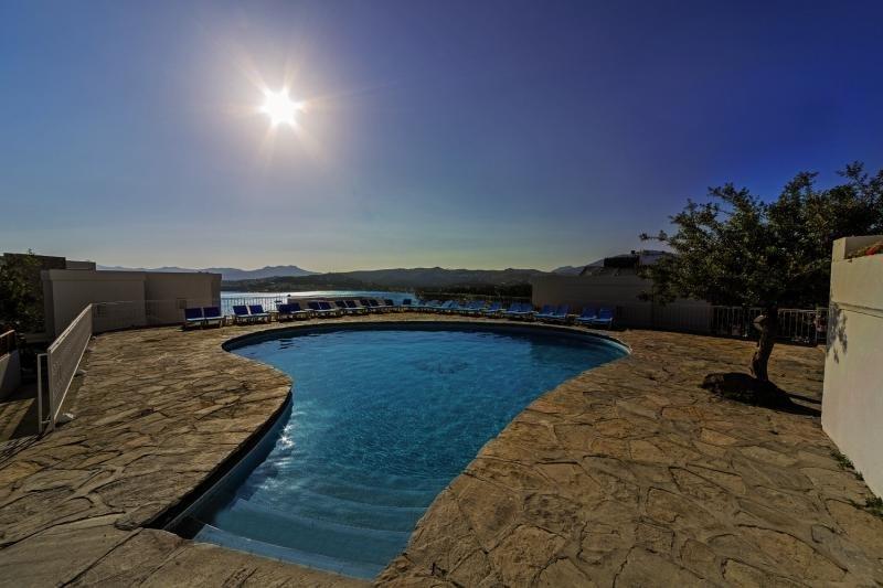 Riva Bodrum Resort - Erwachsenenhotel Pool