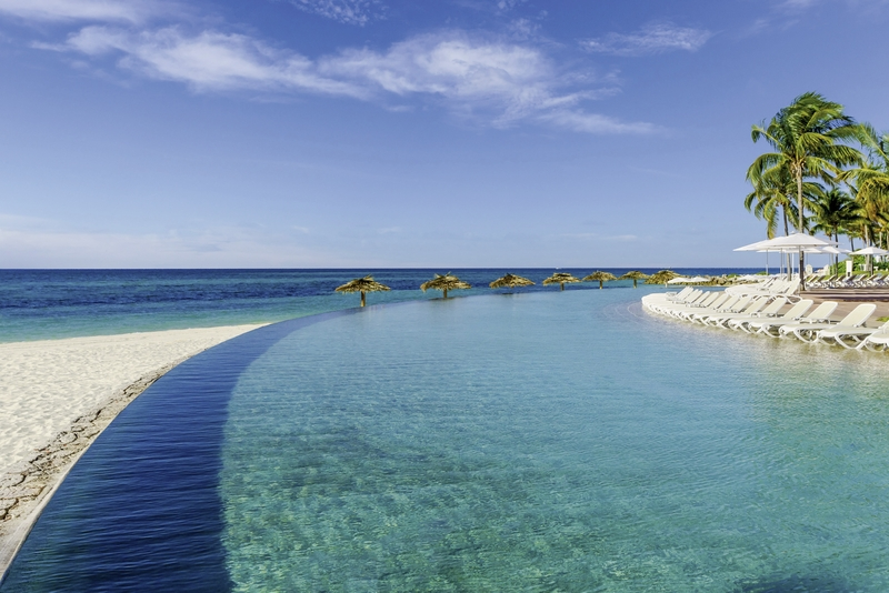 Lighthouse Pointe at Grand Lucayan Pool