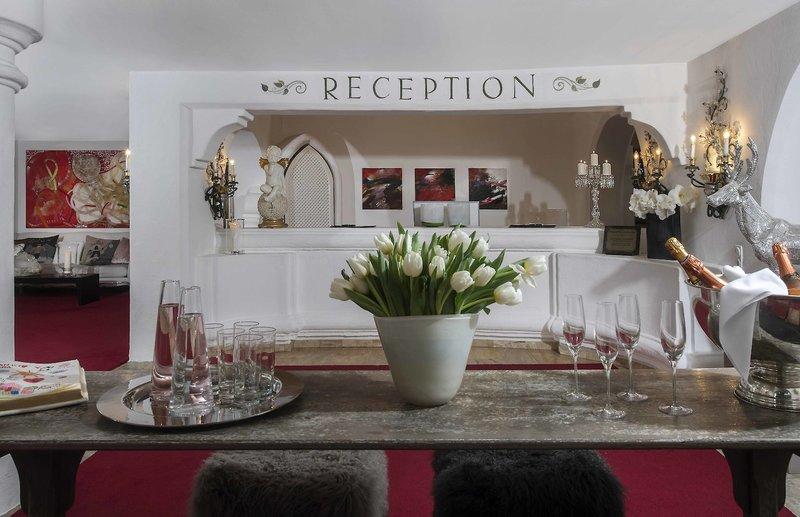 Thurnhers Alpenhof Zürs Lounge/Empfang
