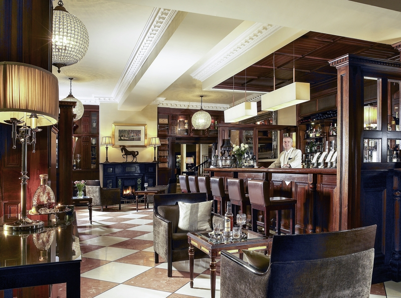 Hayfield Manor Bar