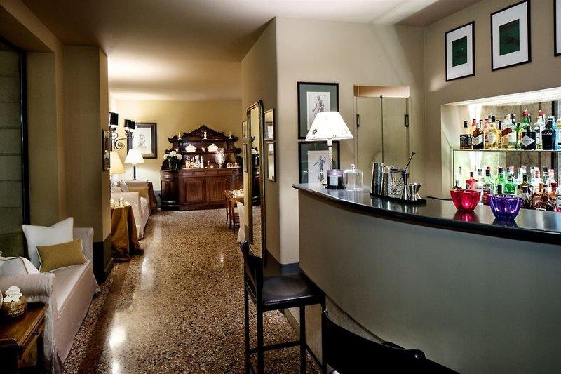 Villa Michelangelo Bar