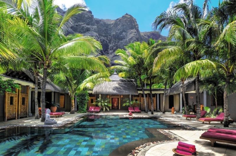 Dinarobin Beachcomber Golf Resort & Spa Pool