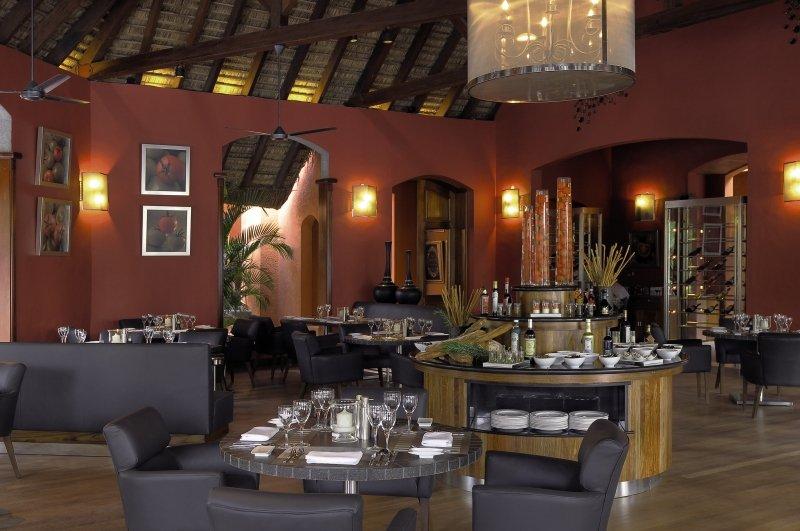 Dinarobin Beachcomber Golf Resort & Spa Restaurant