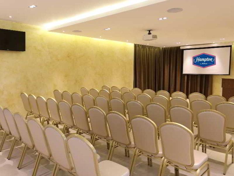 Hampton by Hilton Panama Konferenzraum