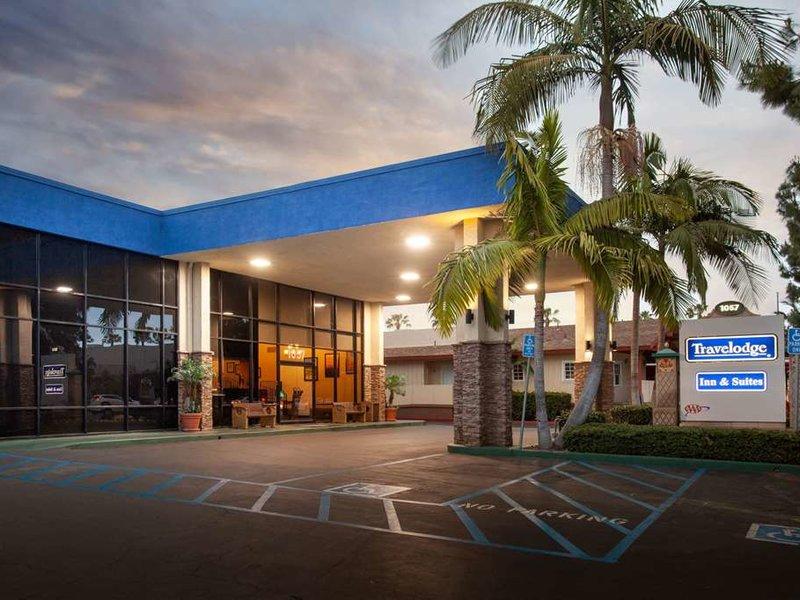 Travelodge Anaheim Inn & Suite on Disneyland Drive Außenaufnahme