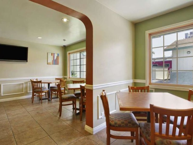Travelodge Anaheim Inn & Suite on Disneyland Drive Restaurant