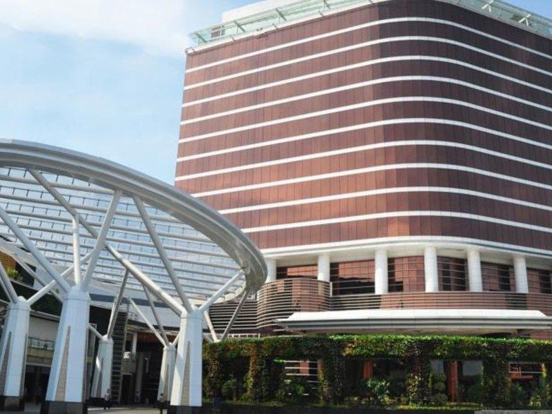 The Trans Luxury Hotel Außenaufnahme