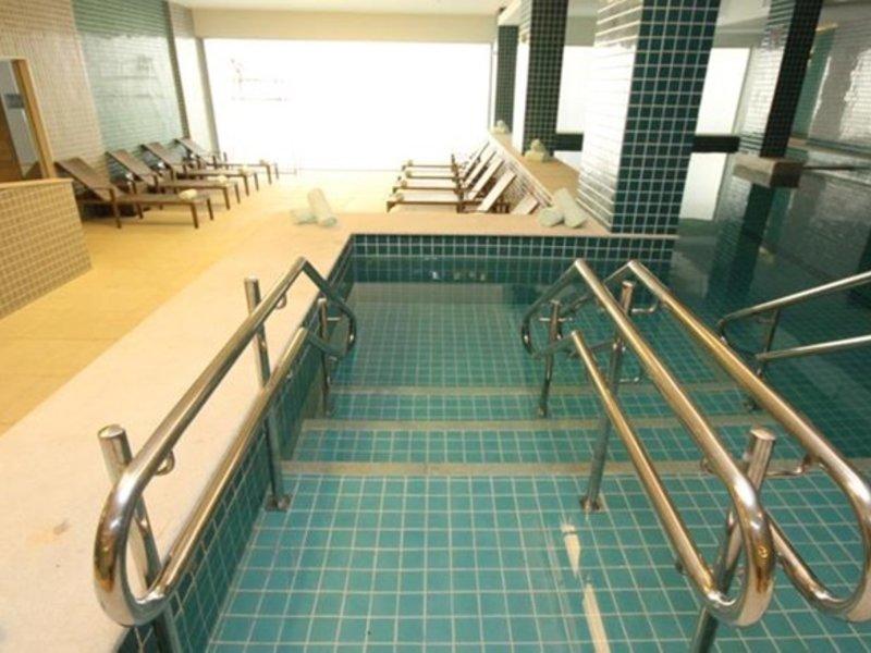 Promenade Link Stay Pool