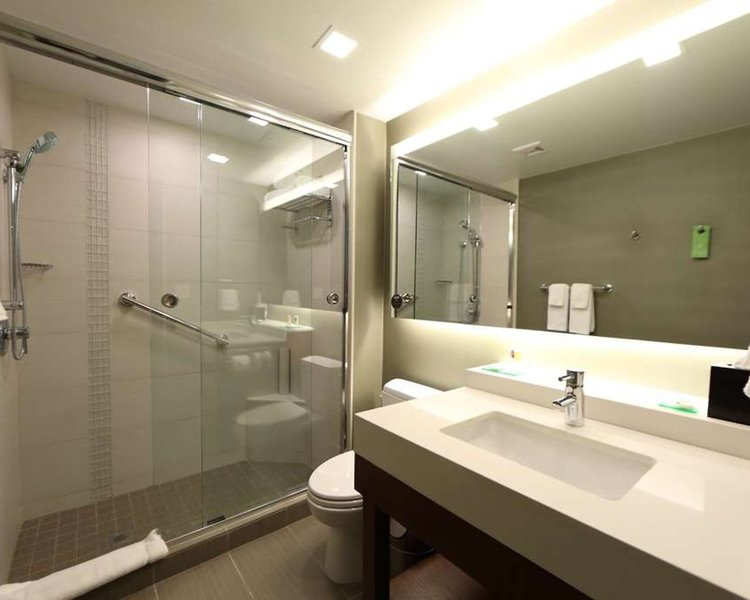 Hyatt Place Panama City Badezimmer