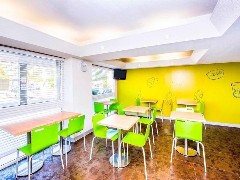 ibis Budget Newcastle Restaurant