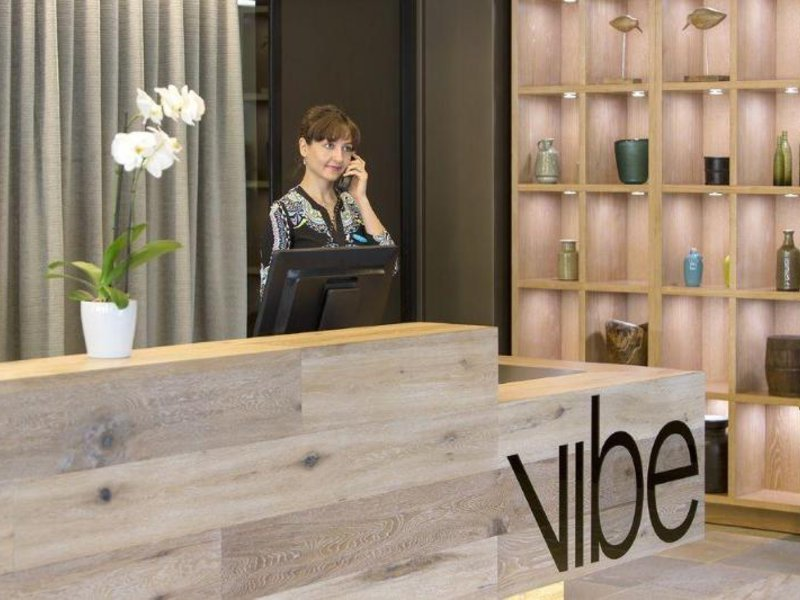 Vibe Hotel Marysville Bar