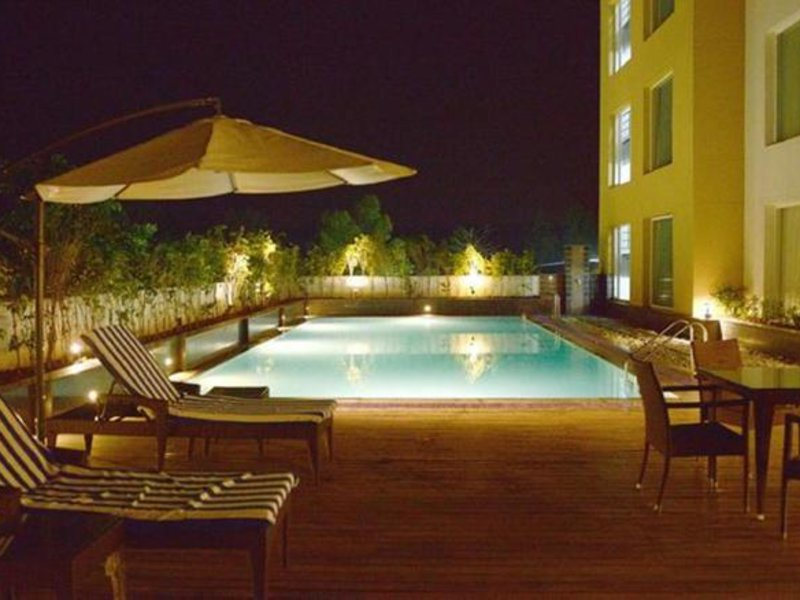 Country Inn & Suites By Carlson Gurgaon Sohna Road Pool
