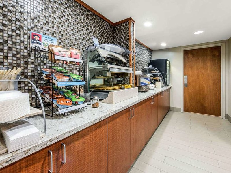 Clarion Inn Pittsburgh Cranberry Restaurant