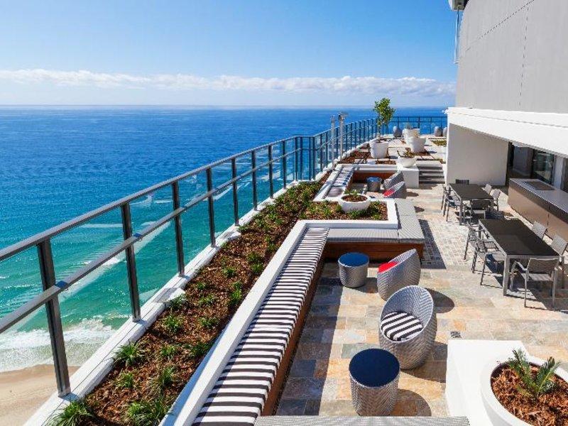 Rhapsody Resort Terrasse
