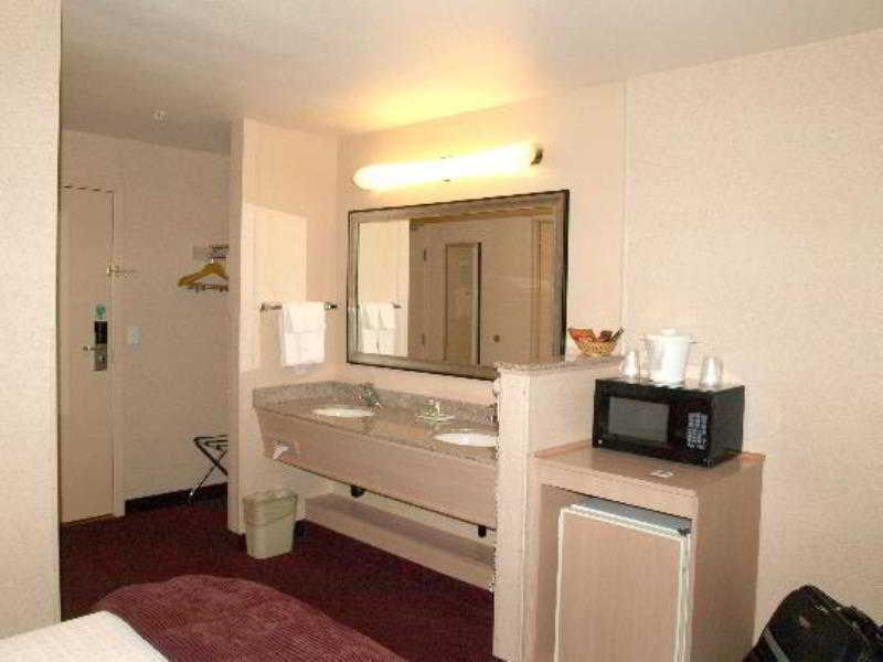 Crystal Inn Hotel & Suites - Brigham City Wohnbeispiel