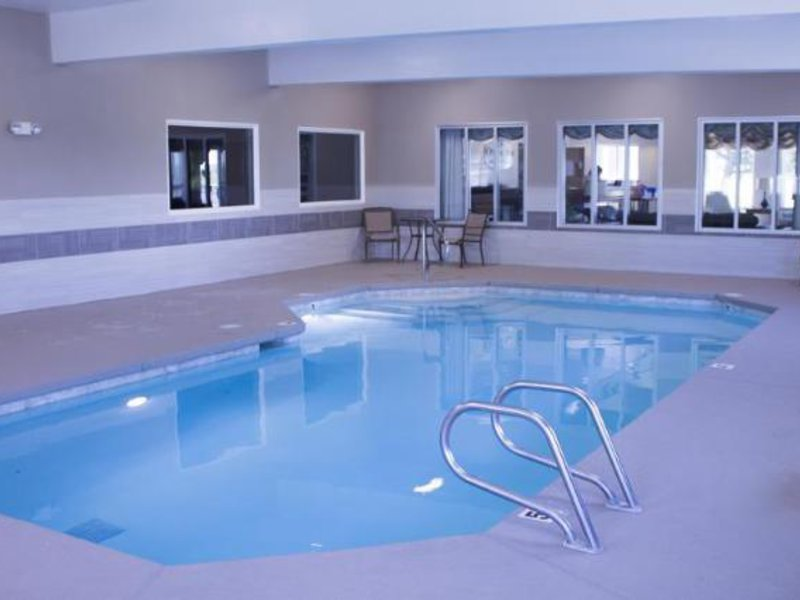 Crystal Inn Hotel & Suites - Brigham City Hallenbad
