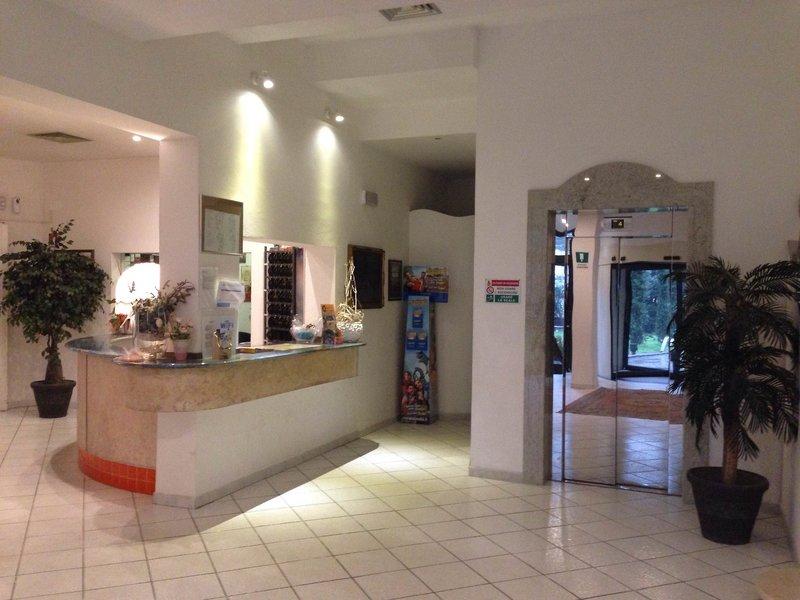 Park Hotel Zadina Lounge/Empfang