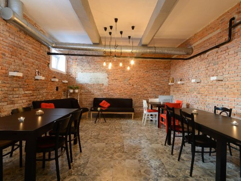 Wine Apartments Restaurant