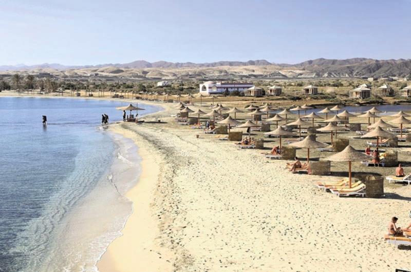 Three Corners Equinox Beach Resort Strand