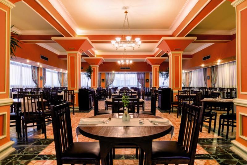 Sol y Mar Paradise Beach Restaurant