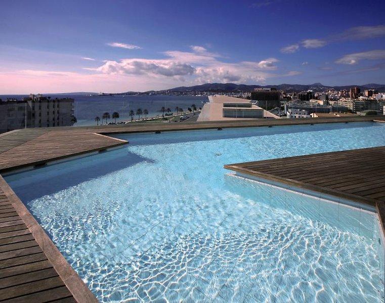 Melia Palma Bay Pool