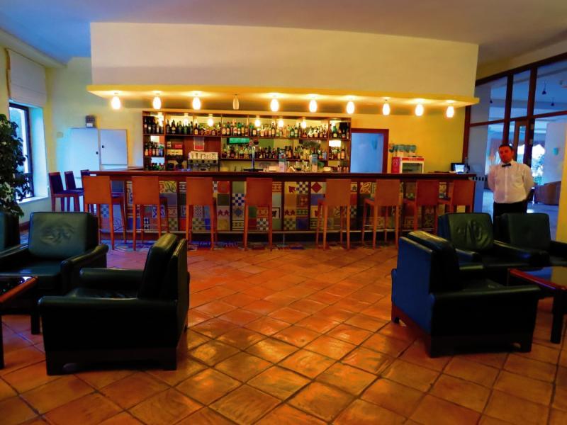 Alfamar Beach & Sport Resort Bar