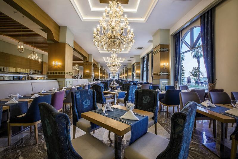 J´adore Deluxe Hotel & Spa Restaurant