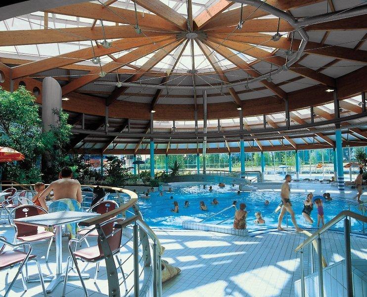 Seepark Sellin Ferienwohnungen Hallenbad