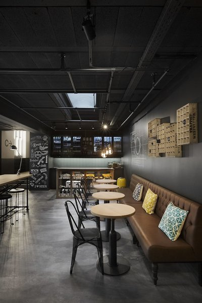 Zoom Hotel  Bar