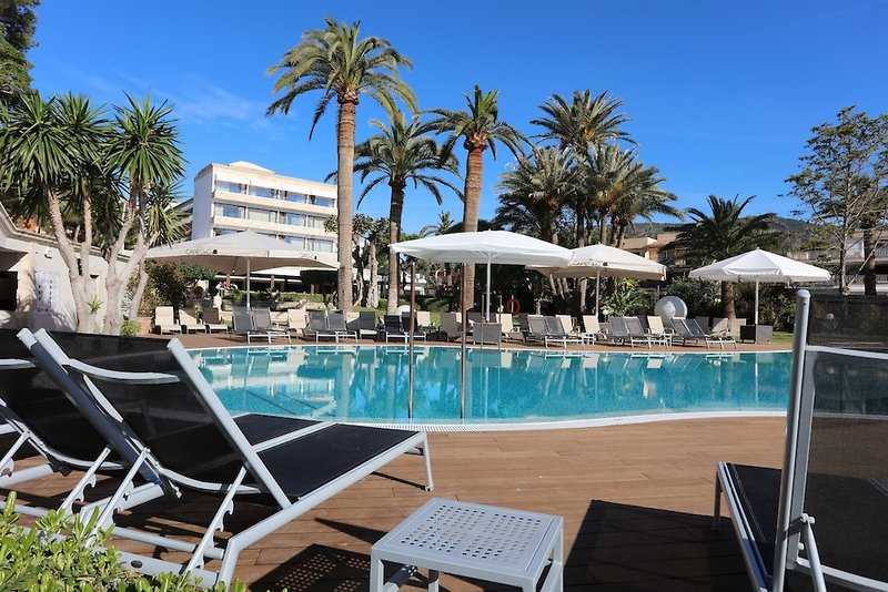 Son Caliu Playa Apartamentos Pool
