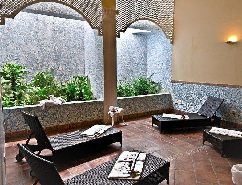 La Quinta Park Suites & Spa Wellness