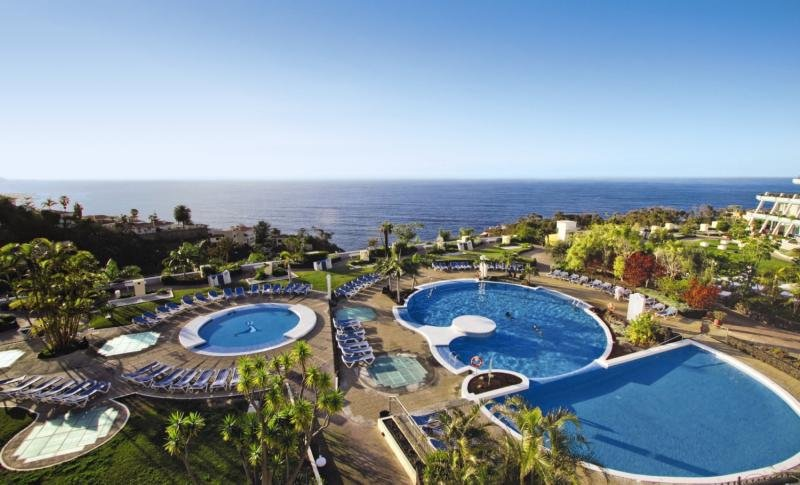 La Quinta Park Suites & Spa Pool