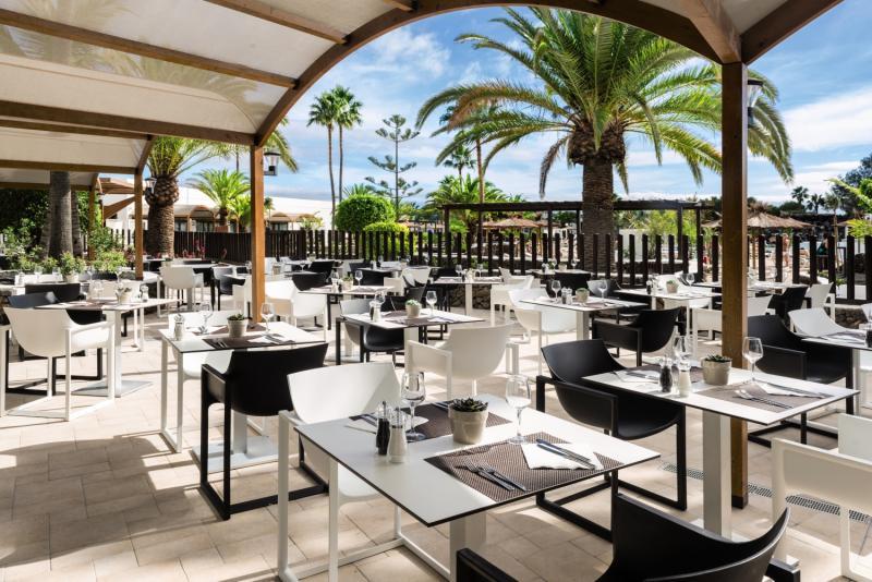 Elba Lanzarote Royal Village Resort Terrasse