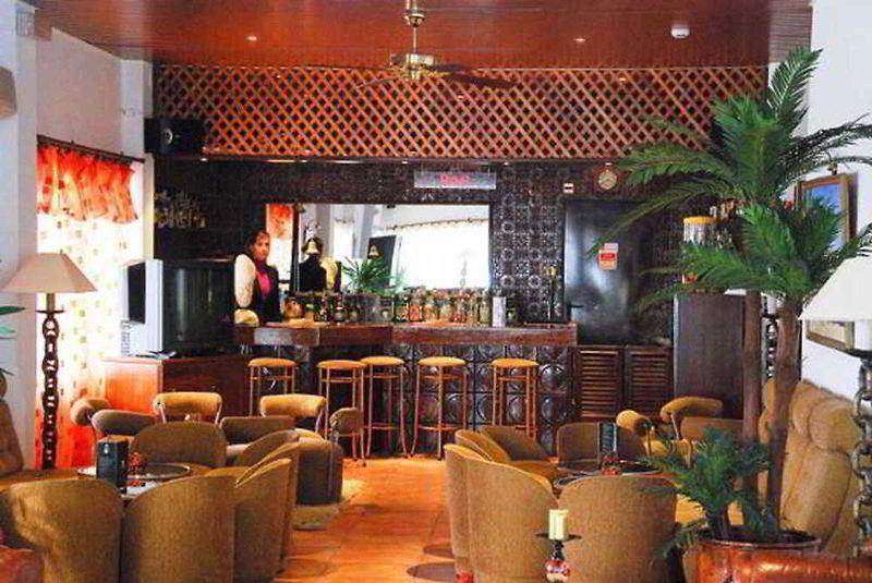 Rosamar Bar