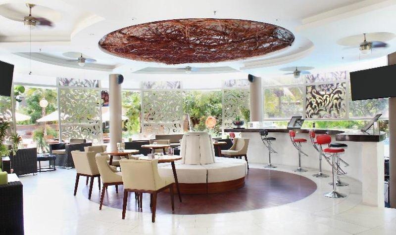 Golden Tulip Jineng Resort Bali Bar