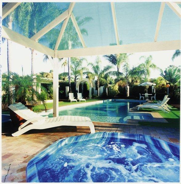 Comfort Inn Bel Eyre Pool
