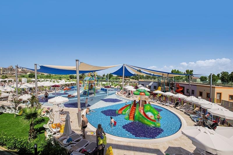 Dream World Aqua Pool