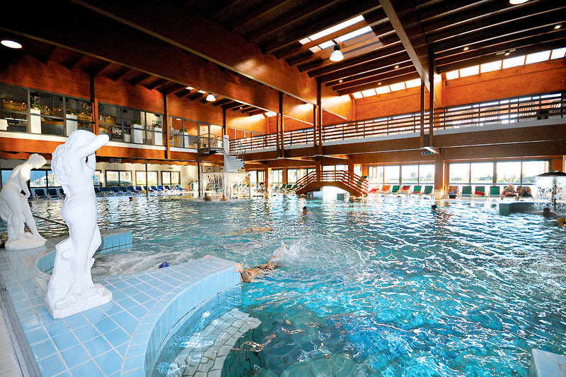 Savoy Beach Hotel & Thermal Spa Hallenbad