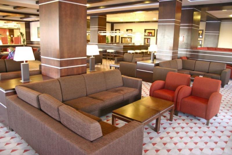 Karinna Hotel Convention & Spa Bar