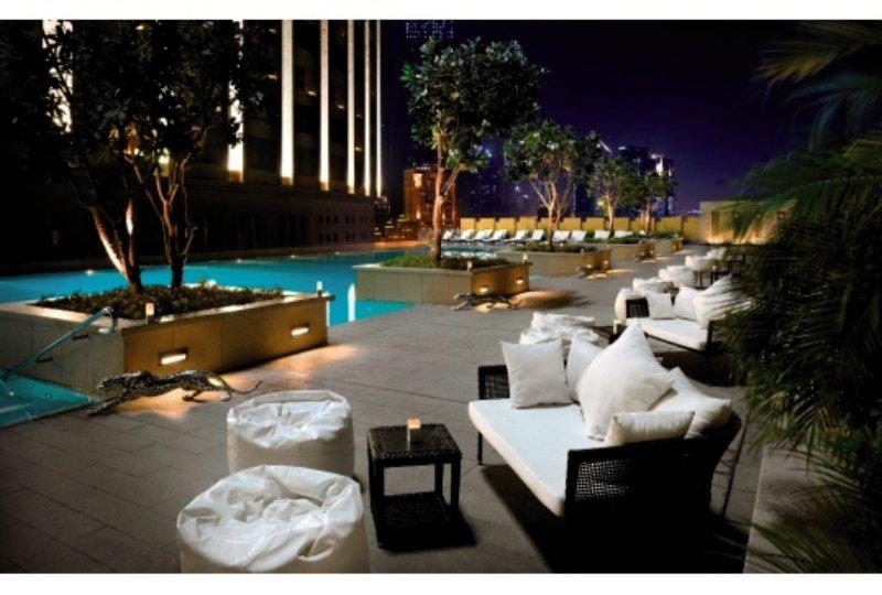 Address Dubai Mall Pool