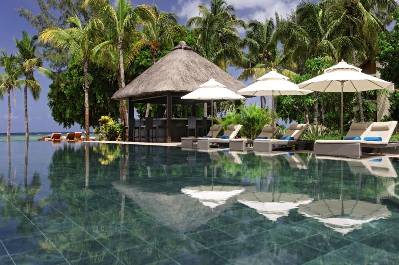 Hilton Mauritius Resort & Spa Pool