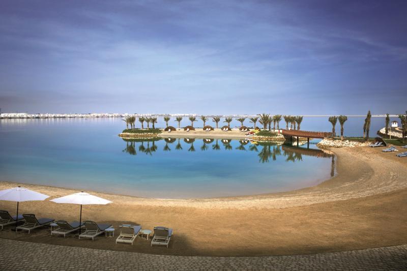 Art Rotana - Amwaj Island Pool
