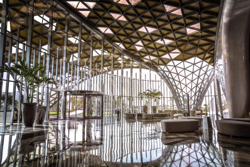Art Rotana - Amwaj Island Lounge/Empfang