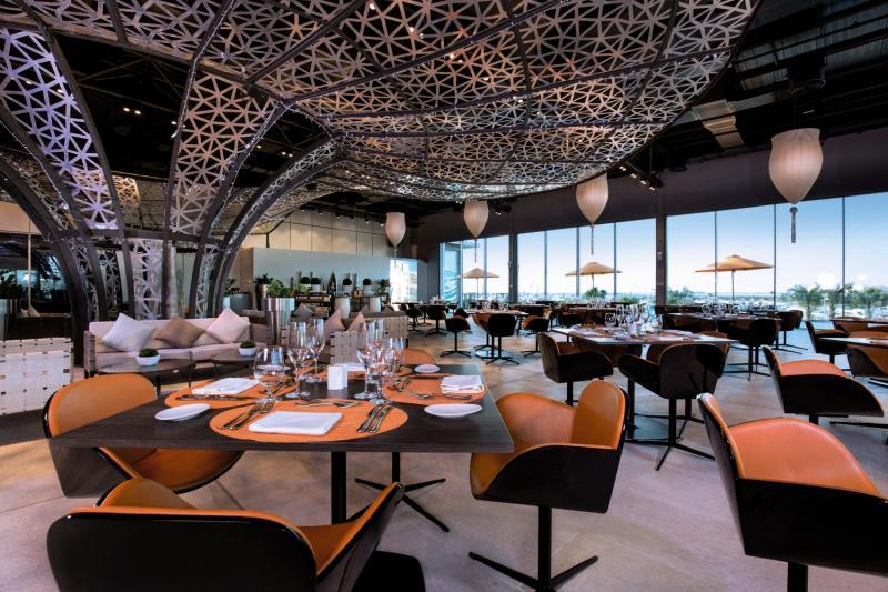 Art Rotana - Amwaj Island Restaurant